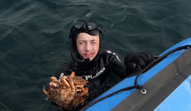 Victor a fait de la pêche sous-marine
