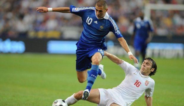 Ali a reçu une vidéo du joueur Karim Benzema