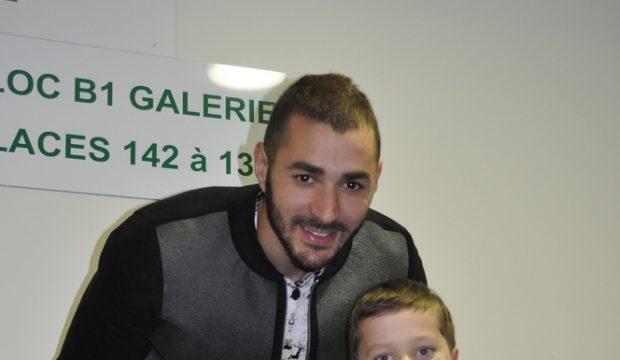 Sacha a rencontré l'équipe de France de foot et assisté au match France Danemark