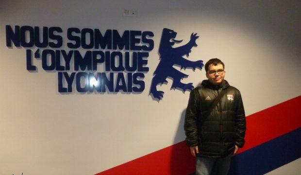 Angelo Angelo, fervent supporter de l'Olympique Lyonnais