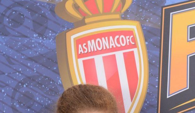 Shanna a assisté à la finale de la League PSG / Monaco et a rencontré des joueurs