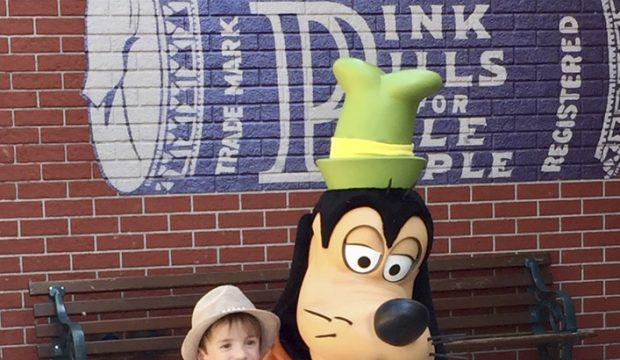 Mylan a séjourné au parc Disneyland Paris