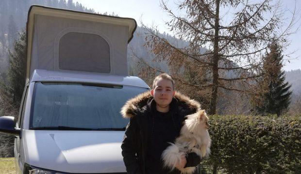 Vincent a fait un séjour en combi Volkswagen avec sa maman