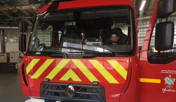 Alex a visité une caserne de pompier