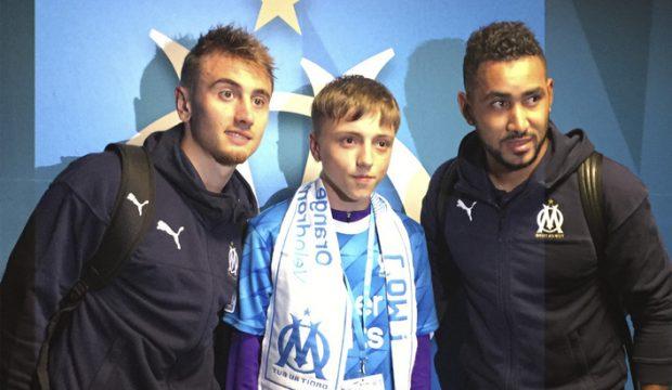 Thomas a rencontré les joueurs de l'OM et il a assisté à un match