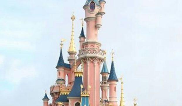 Jana a passé une journée au Parc Disneyland Paris