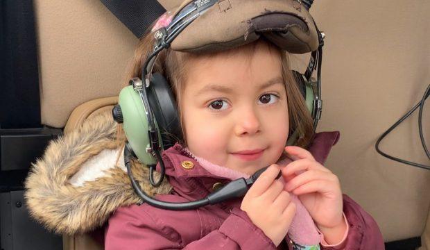 Albane a fait un vol en hélicoptère